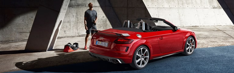 Angolo posteriore Audi TT RS Roadster