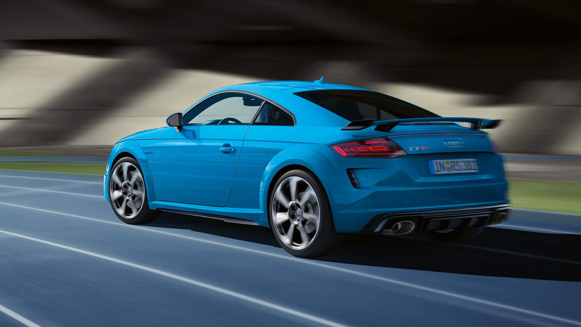 Audi TT RS Coupé in marcia